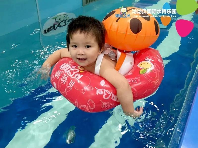婴儿游泳培训,婴儿游泳训练,婴儿游泳课程,婴儿游泳课程培训,婴儿游泳注意事项